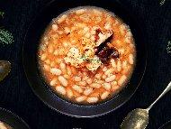Рецепта Пържен боб с гъби, домати и чесън на тиган